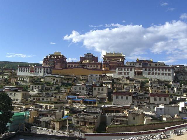 Gandan Sumtseling Monastery and village