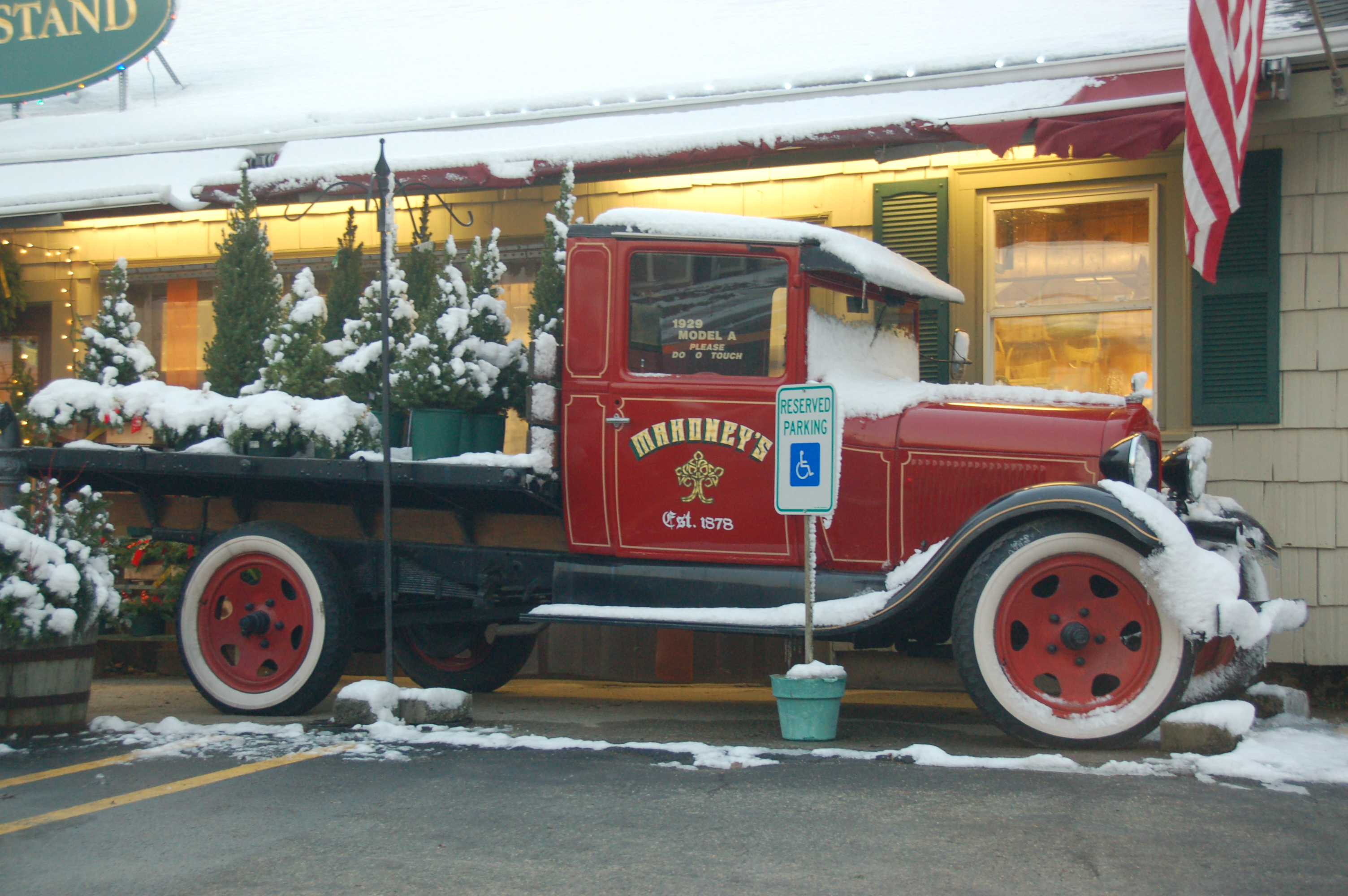 Mahoney 39 S Christmas Garden Center Winchester Ma Model A Truck On Display Out Front Do Not