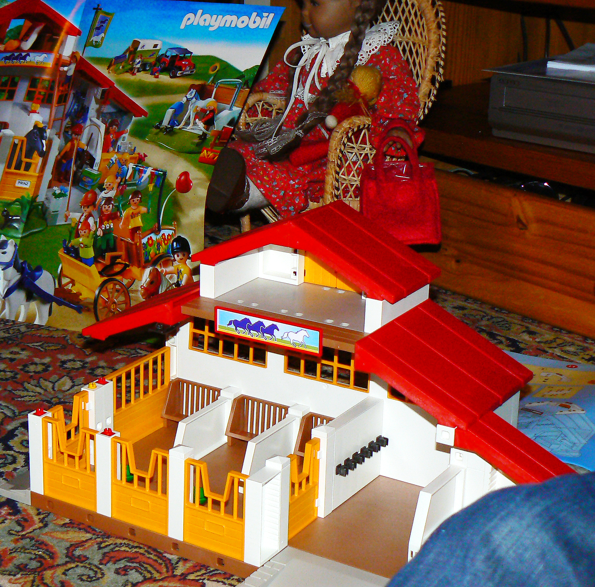 Playmobil reiterhof explore dierk schaefer 39 s photos on for Playmobil jugendzimmer 6457
