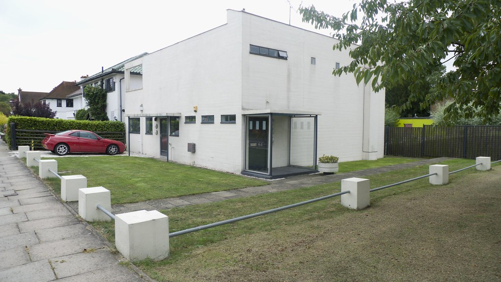 64 Heath Drive, Gidea Park, Romford
