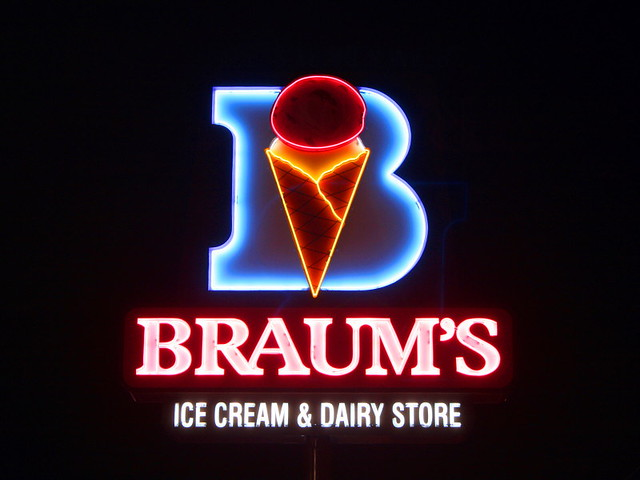 Braum S Ice Cream Burger Restaurant Cleburne Tx