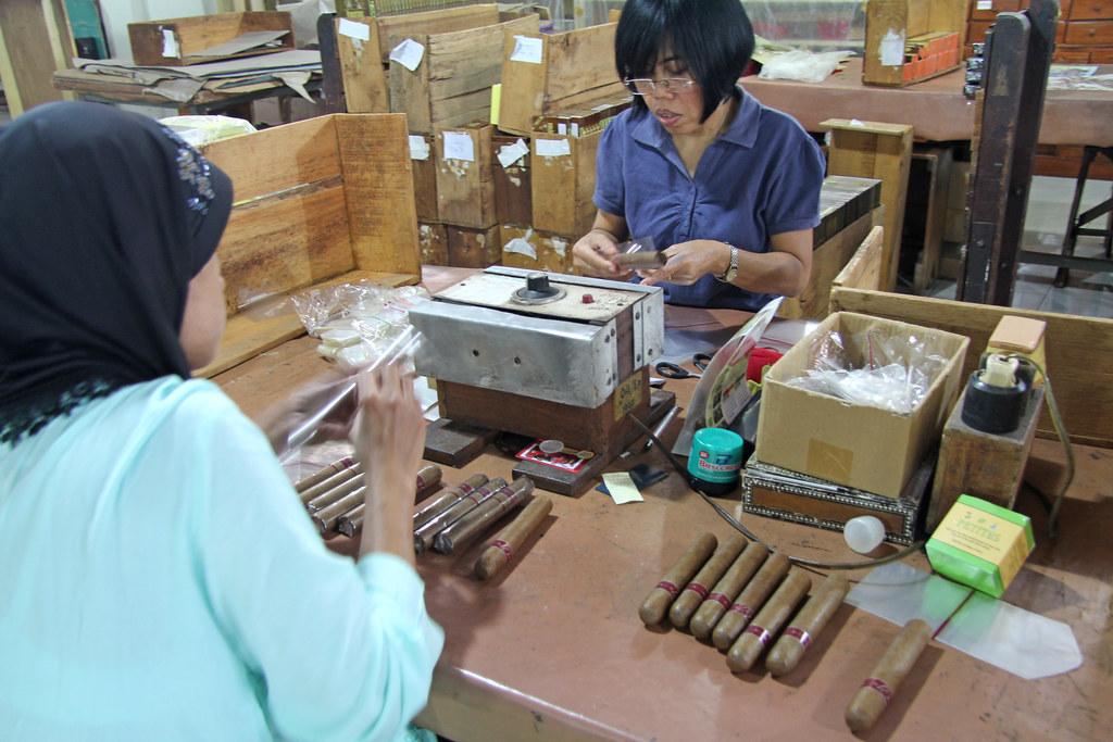 Taru Martani Cigar Factory - Yogyakarta (Java - Indonesia)