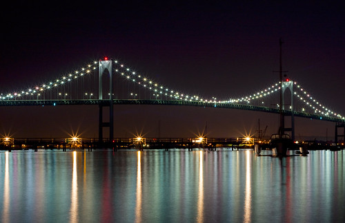 longexposure bridge canon lights unitedstates rhodeisland newport northeast suspensionbridge jamestown amar newportbridge canon50mm narragansettbay bridgeatnight aquidneckisland raavi canoneos40d claibornepellbridge ri138 amarraavi