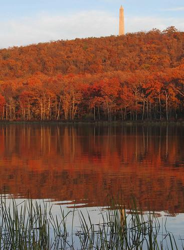 autumn lake reflection fall monument nj highpoint obelisk highpointstatepark sussexcounty steenykilllake