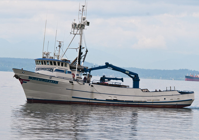 Northwestern crab boat flickr photo sharing for Crab fishing boats for sale
