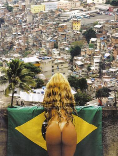 Fotos da cantora Valesca Popozuda em ensaio feito pela Revista Playboy na Rocinha.2