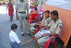 Marrziya Shakir 2 Year Old with Mumbai Police by firoze shakir photographerno1