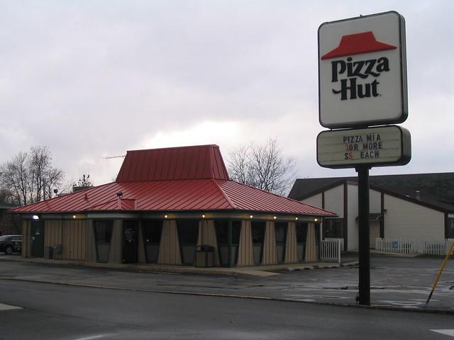Tiny Pizza Hut Plymouth Wi Flickr Photo Sharing