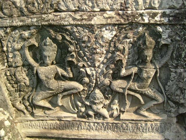 Wall carving angkor wat cambodia photo by hannah