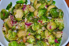 salad, vegetable, cruciferous vegetables, side dish, food, dish, brussels sprout, cuisine,