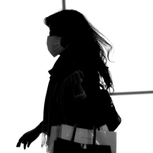 Ghost gone shopping [Shinjuku. Tokyo] a.k.a shopping ninja