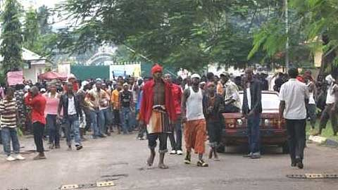 Former fighters in Edo State are angry over the Nigerian Federal Government's failure to pay them for rehabilitation efforts. An amnesty plan with the government was designed to end the fighting carried out in the oil-producing areas of the country. by Pan-African News Wire File Photos