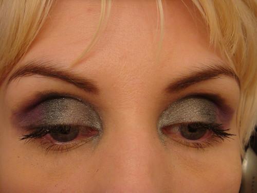 Make up argento metal: è tra i colori più fashion di questa  stagione