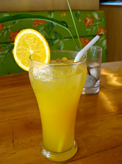 caipiroska, citrus, lemon juice, limeade, lemonade, drink, cocktail, caipirinha, juice, mai tai, alcoholic beverage,