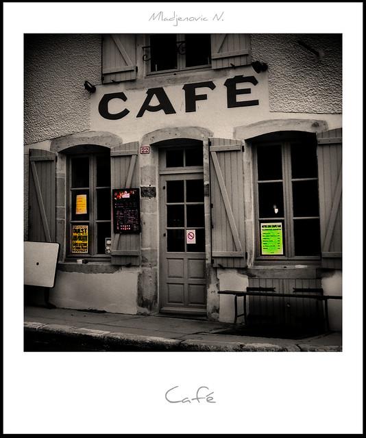 746 Café