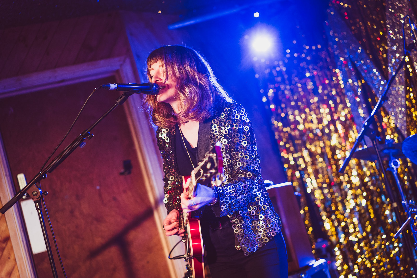 Indian Queens supporting Fews at the Moth Club