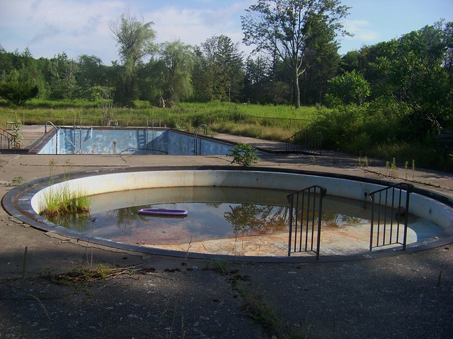 Abandoned Pools | Flickr - Photo Sharing!