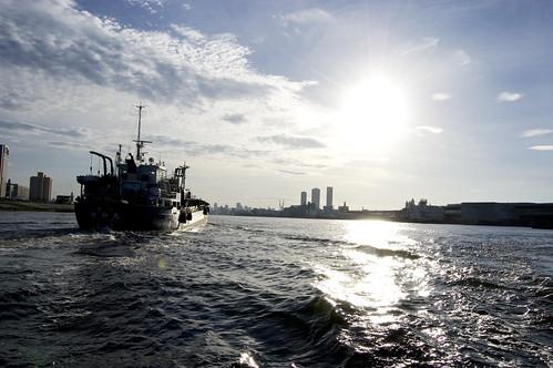 sunrise river geotagged boat 大阪 日本 osaka ajigawa geo:lat=3465771 geo:lon=135429754