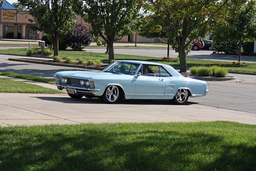 1963 Buick Riviera Sport Coupe (1 of 11)