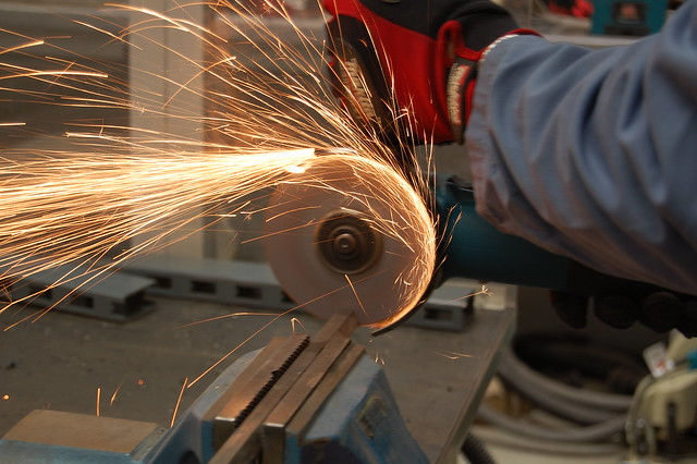 Let The Sparks Fly Makita 9557nb Angle Grinder Flickr