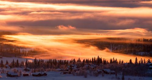 winter mist snow mountains nature norway fog sunrise landscape bluesky beitostølen winterwonderland pinkclouds tåke soloppgang jotunheimen beitostolen canonef70200mmf4lisusm naustvik canoneos40d jarlenaustvik