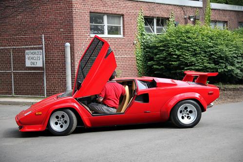 Lamborghini Countach LP400S - Automobile Magazine  |Lamborghini Countach Reverse