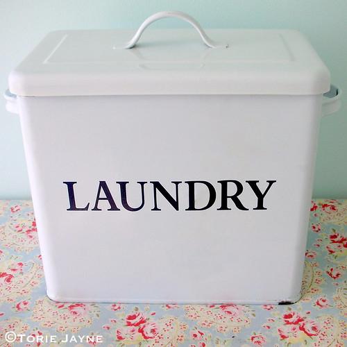Laundry powder tin