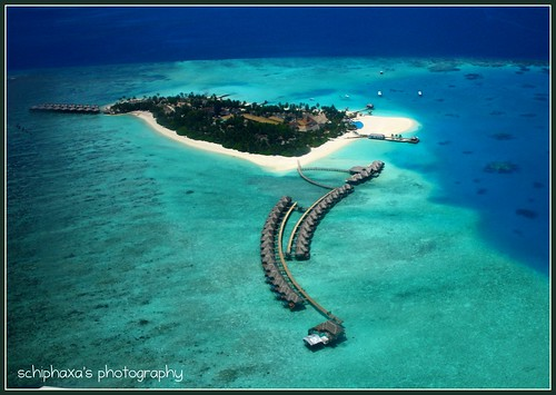 "Maldives is competing in the ""New 7 Wonders of Nature"" Campaign"