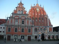 //35/50/59/1.f  - HOUSE OF BLACKHEADS :1334 - 2001/  RIGA, LATVIA 2009