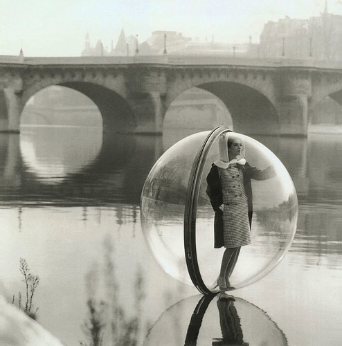 1963 ... lady, bubble, river - Melvin Sokolosky by x-ray delta one