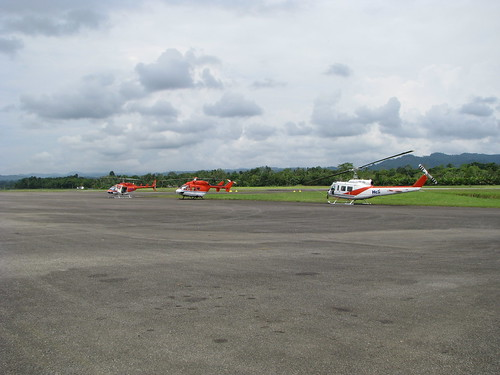 airport helicopter png papuanewguinea province madang niugini kahunapulej kahunapule