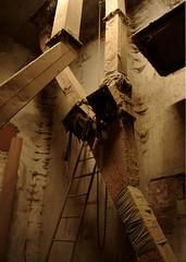 Grain silo [6]