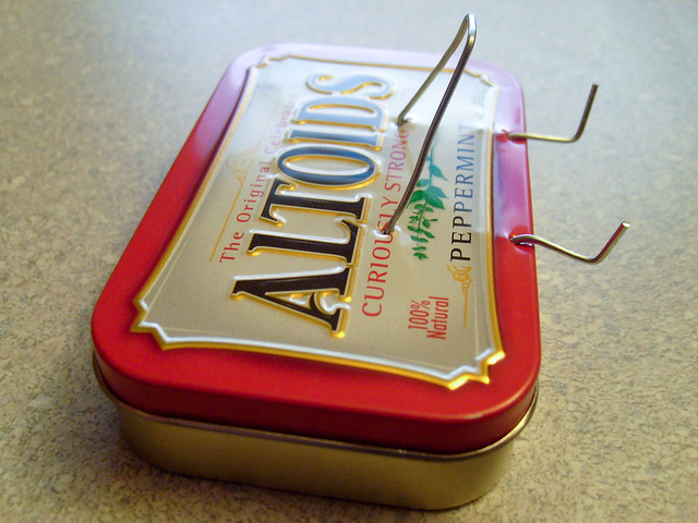 Paper clip altoids tin ipod touch iphone stand for Cool things to do with old records