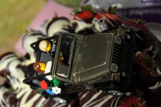 Jeep Wrangler Wedding Cake Topper