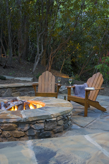 stone-fire-pit-patio(2)