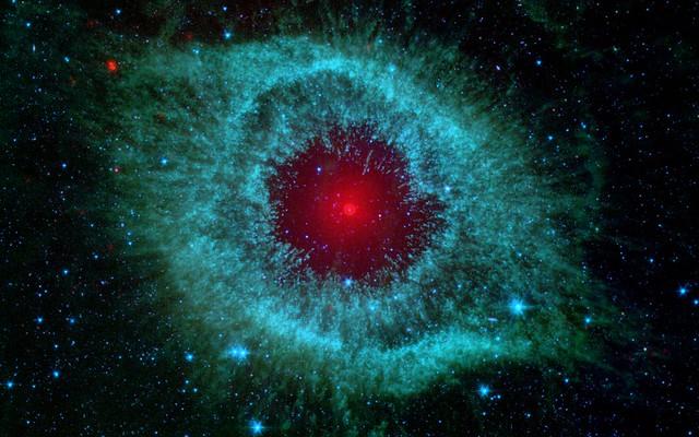 Space helix nebula flickr photo sharing for Trodel mobel