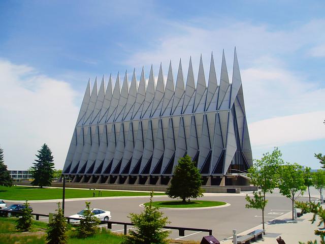 Capilla de Cadetes de la Academia de Fuerza Aérea de los Estados Unidos, Colorado Springs.