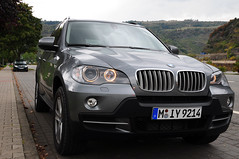 automobile, automotive exterior, executive car, wheel, vehicle, automotive design, compact sport utility vehicle, bmw concept x6 activehybrid, bmw x5, crossover suv, bmw x5 (e53), bumper, personal luxury car, land vehicle, luxury vehicle,