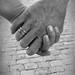 Holding hands by Tamara van Molken