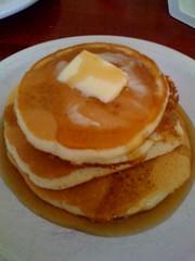 belgian waffle(0.0), crumpet(0.0), meal(1.0), breakfast(1.0), pannekoek(1.0), palatschinke(1.0), hotteok(1.0), food(1.0), dish(1.0), cuisine(1.0), pancake(1.0),
