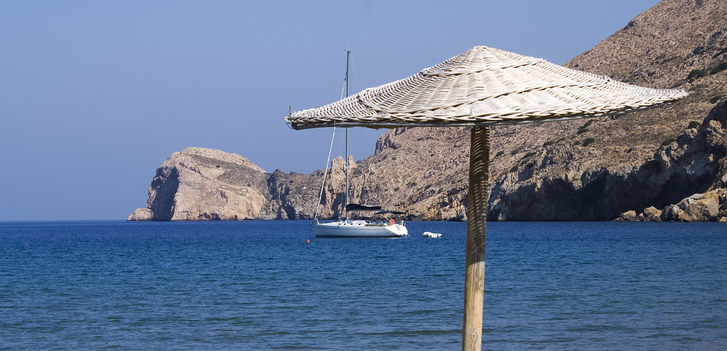 Syros_Beach_Umbrella