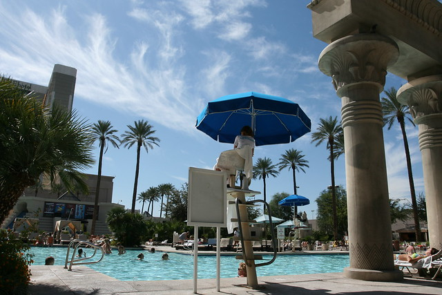 Swimming Pool At The Luxor Las Vegas Flickr Photo Sharing