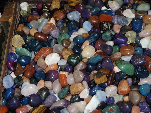 Scenic-Caves-polished-stones-10