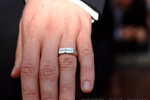 austin's wedding ring    MG 2819