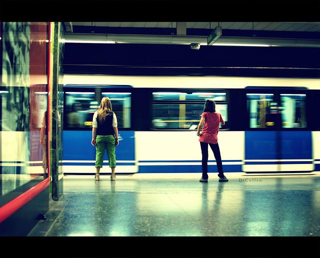 On the platform / En el andén