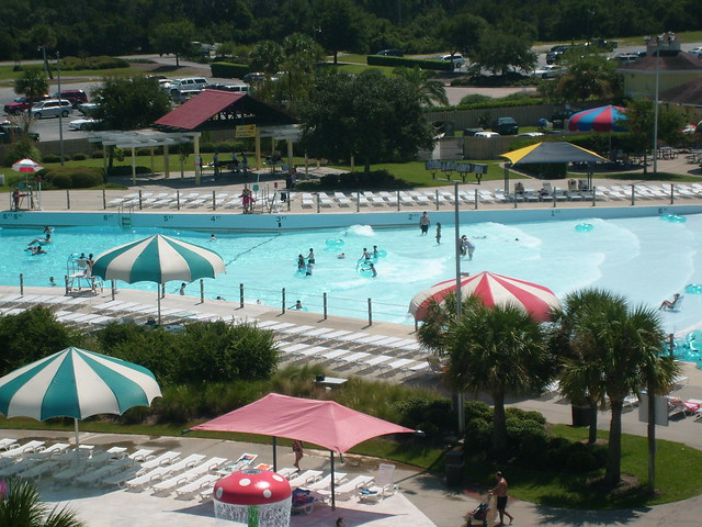 The frantic atlantic wave pool at summer waves water park - Summer waves pool ...