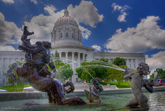 Fountains and the Missouri State Capitol