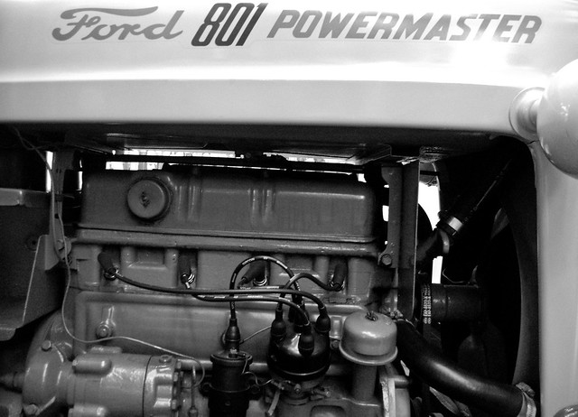 901 Ford Powermaster http://www.flickr.com/photos/paulaharvey/4138854207/