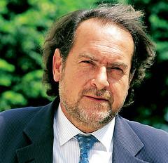 Michel Rolland vende el control de sus bodegas de Burdeos a un financista de Hong Kong