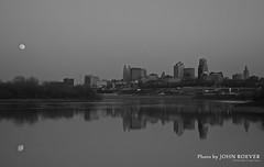 Kansas City & Moon, in B&W, 8 April 2009